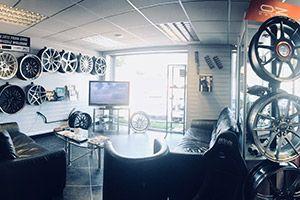 BMW and Mini Tracking & Wheel Balancing