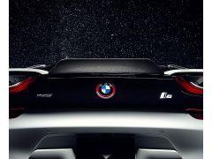 BMW i8 Vorsteiner VR-E Ducktail spoiler